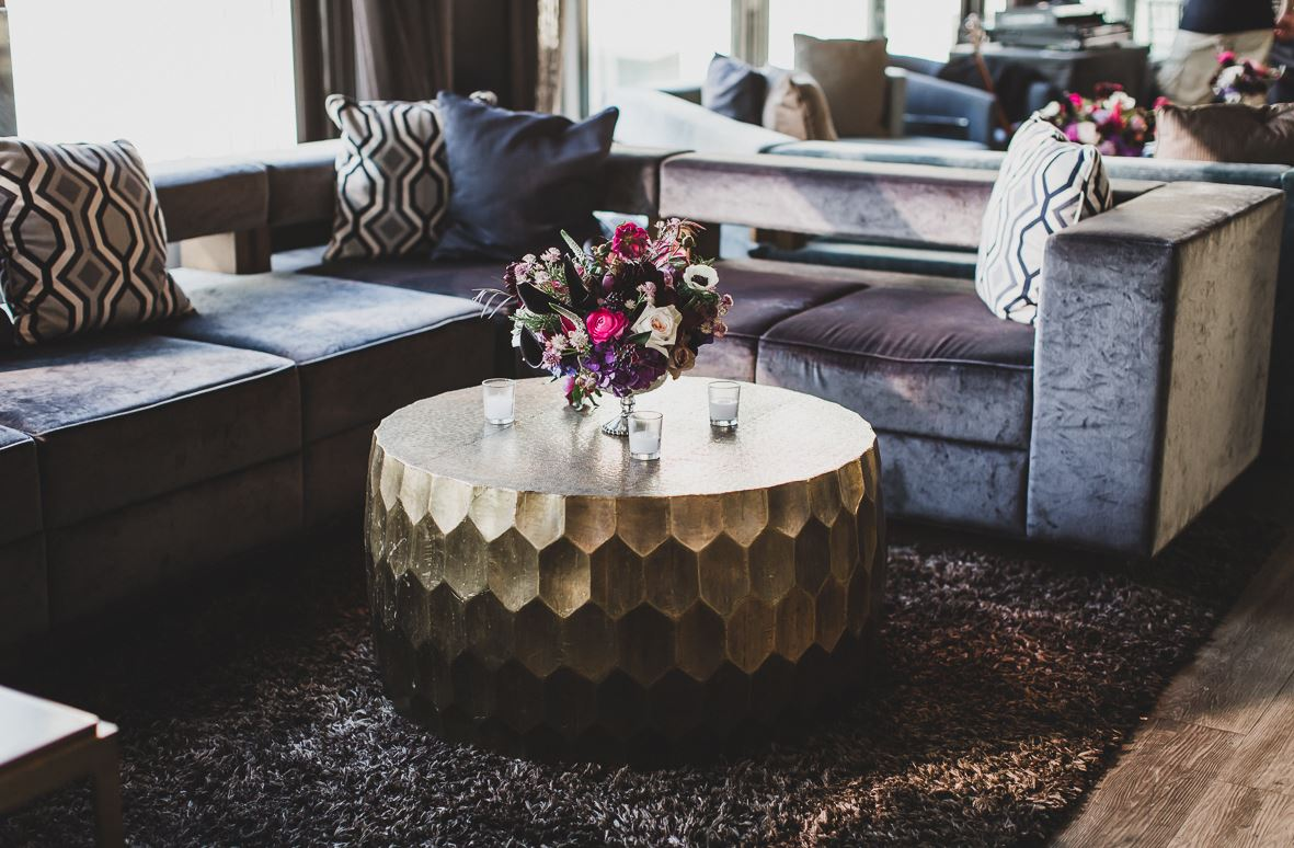 floral arrangement in the skylark room