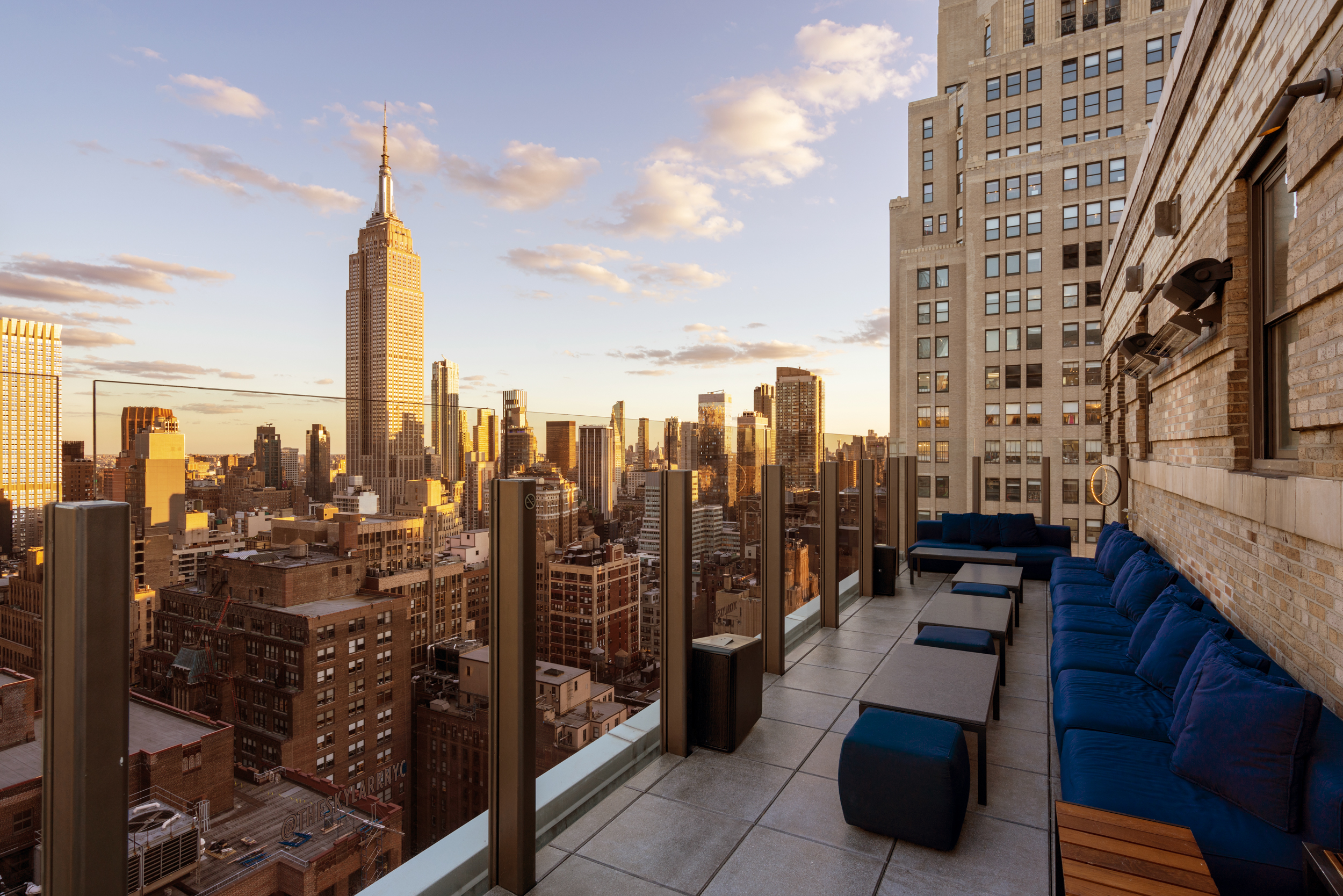 skylark rooftop view of empire state buidling